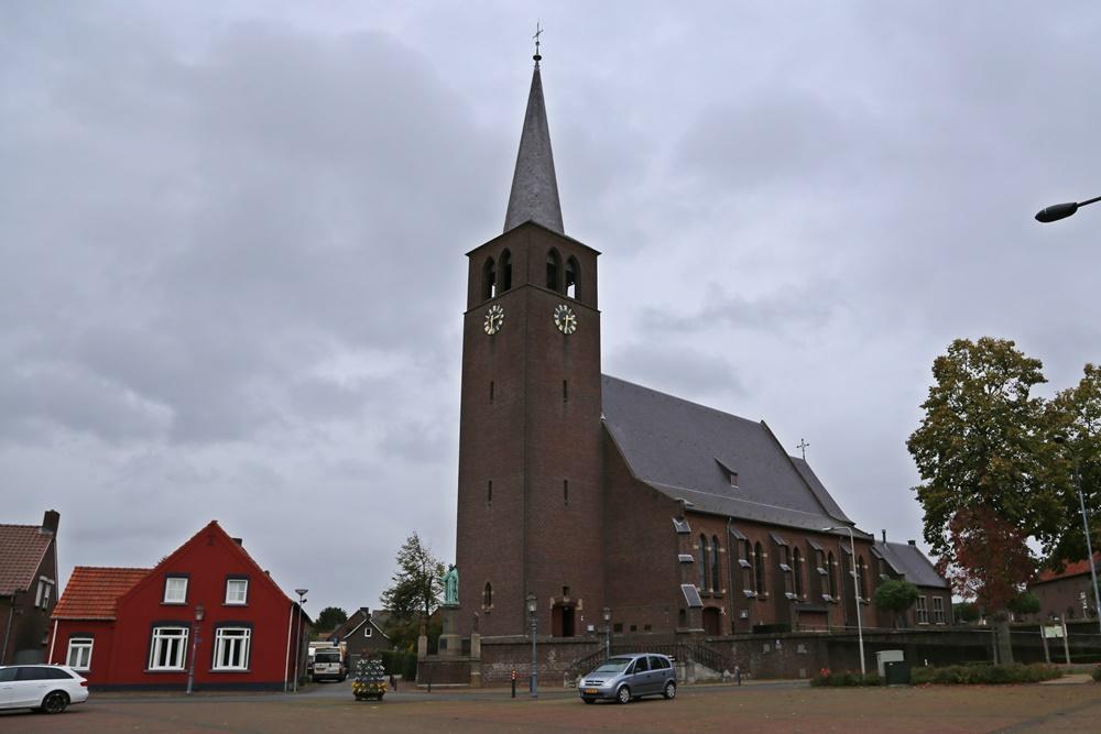 Rooms Katholieke Kerkhof Buggenum