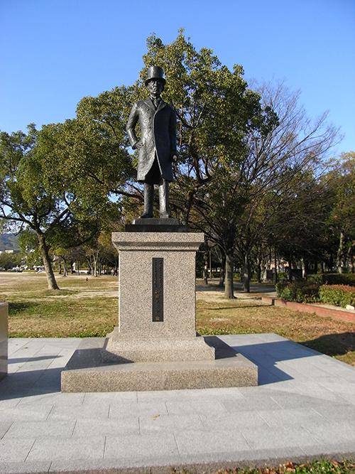 Monument Admiraal Kato Tomosaburo