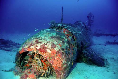 Crashlocatie & Restant Vought F4U Corsair Gevechtsvliegtuig Munda Deep