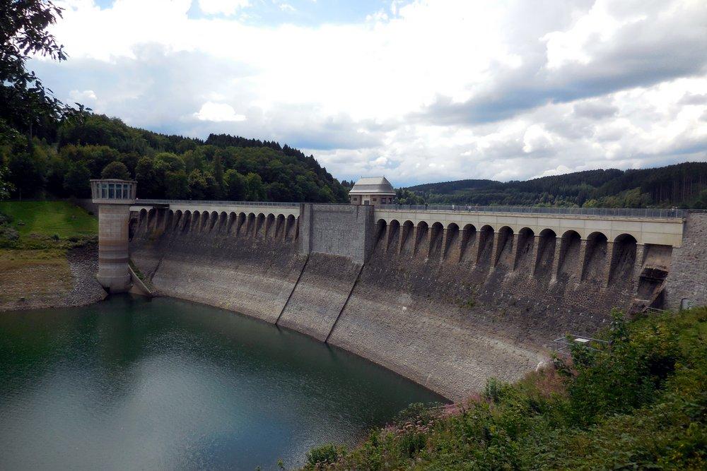 Lister dam Weuste