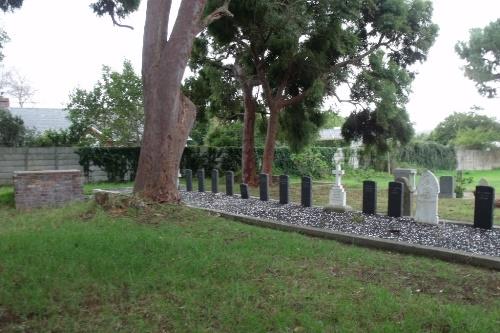 Commonwealth War Graves Constantia Public Cemetery