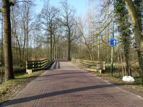 Plaque Willem-Hikspoorsbrug