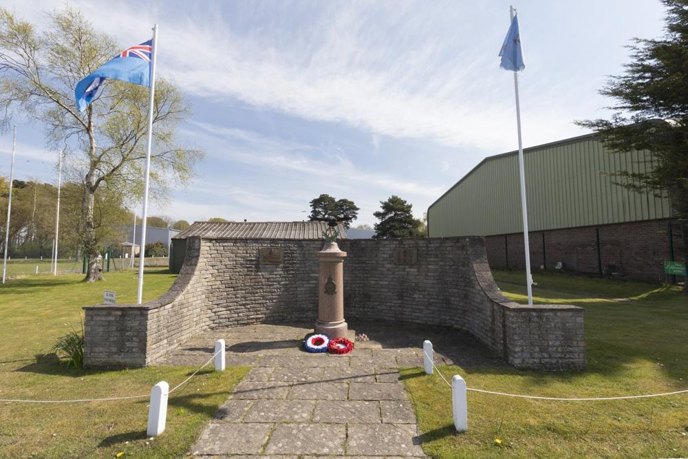 Memorial RAF 77 Squadron