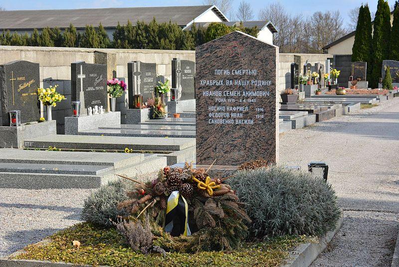 Sovjet Oorlogsgraven Mitterndorf an der Fischa