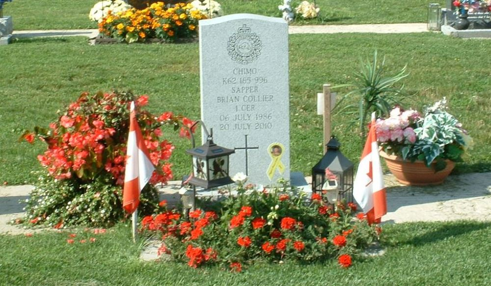 Canadees Oorlogsgraf Holy Martyrs Catholic Cemetery
