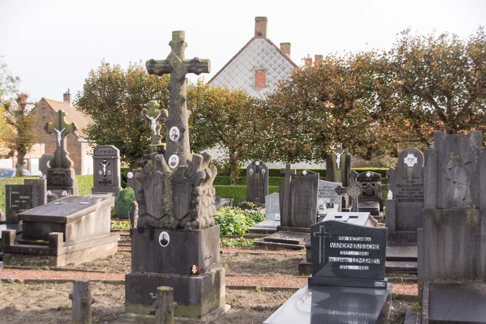 Cemetery Ramskapelle Grave Soldier Nollet