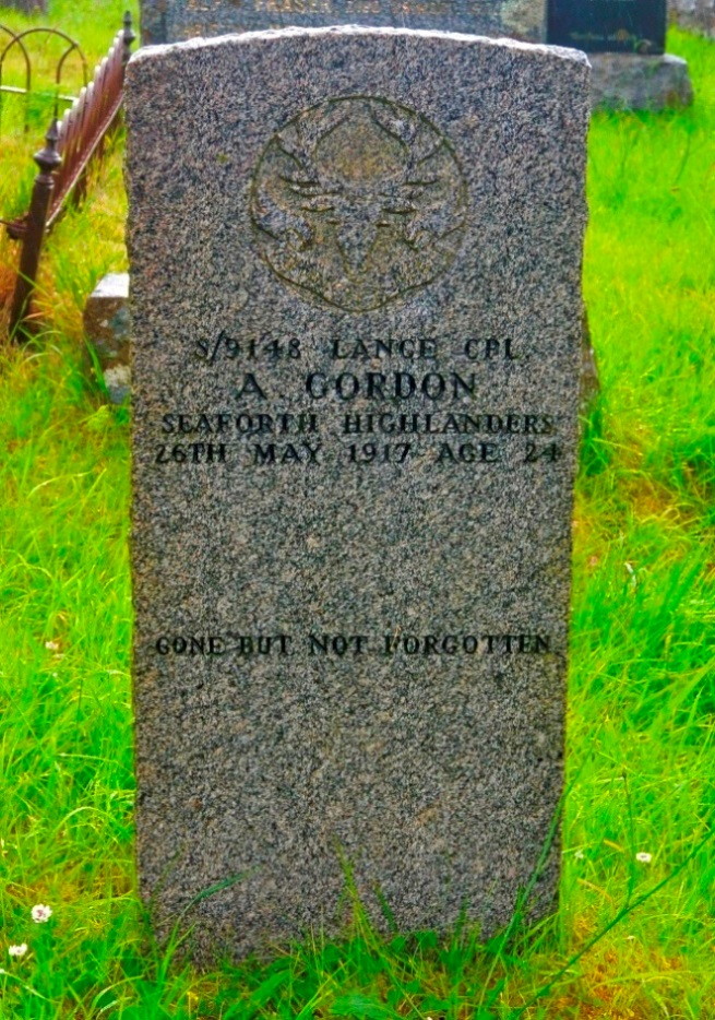 Commonwealth War Graves Annat New Burial Ground