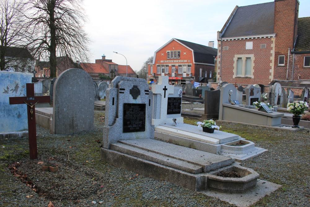 Graven Oudstrijders Meerbeke