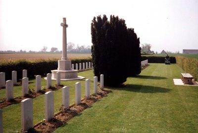 Oorlogsbegraafplaats van het Gemenebest Secqueville-en-Bessin