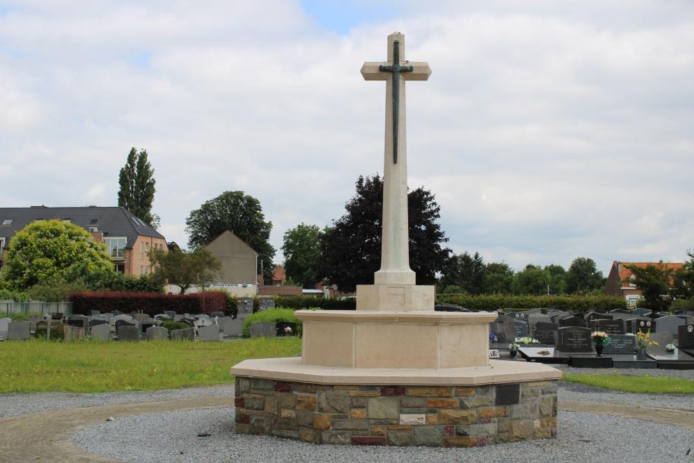 War Memorial Cemetery Perk