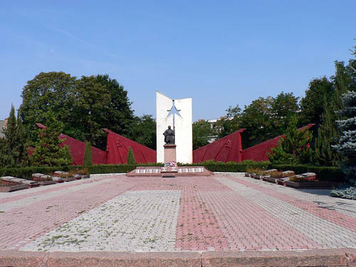 Soviet War Cemetery Khotyn