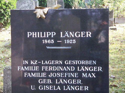 Herdenkingsstenen Joodse Begraafplaats Mistelbach