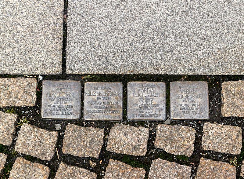 Stumbling Stones Breite Straße 7