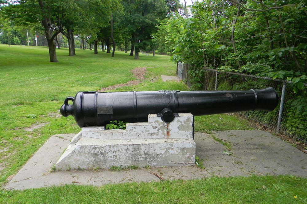 Memorial Cannon Burlington Heights