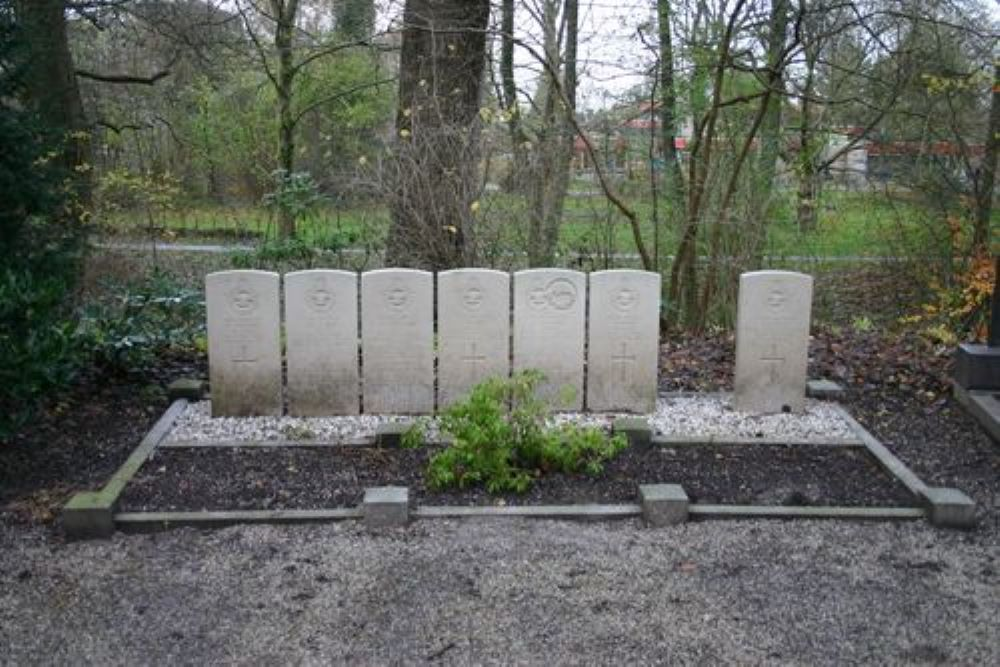 Commonwealth War Graves Cemetery Esserveld
