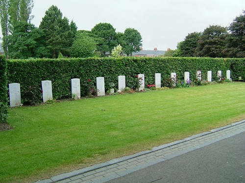 Commonwealth War Graves Ropery Lane Cemetery