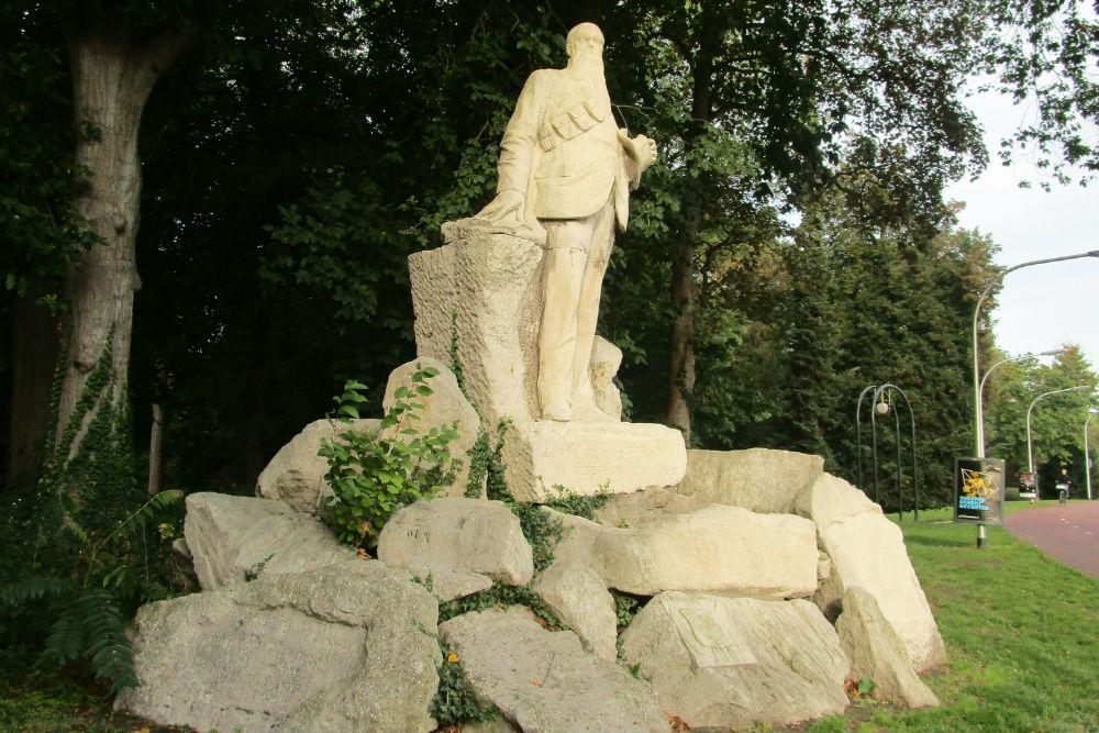 Standbeeld Marthinus Theunis Steyn