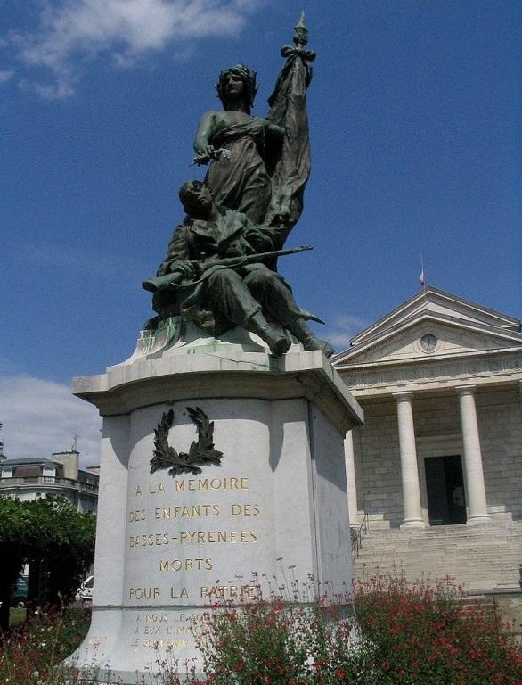 Oorlogsmonument Basses-Pyrénées