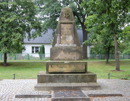 War Memorial Stradow