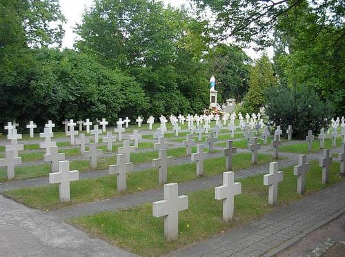 Poolse Oorlogsgraven Nowofarny