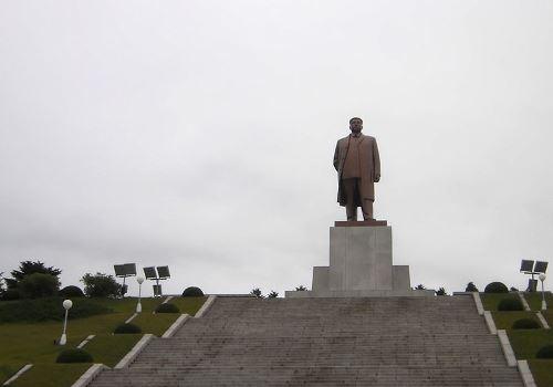 Statue Kim Il-sung