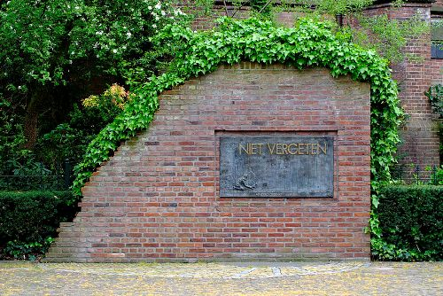 Monument Slachtoffers Bombardementen Hengelo