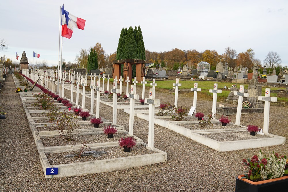French War Graves Luxeuil-les-Bains