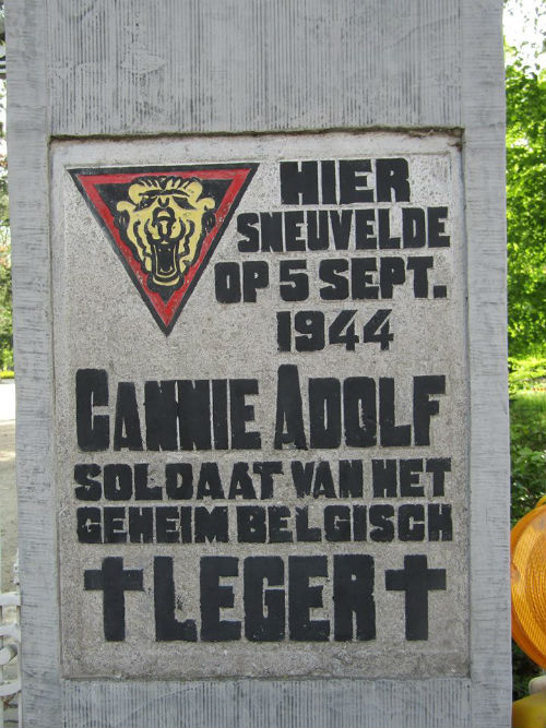 Remembrance Sign Cannie Adolf