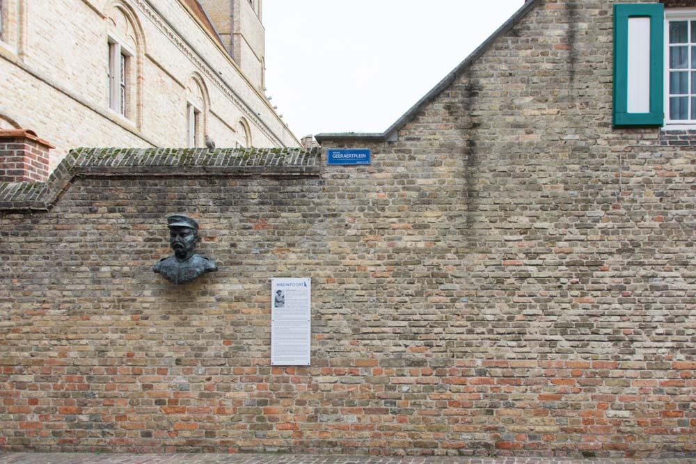 Bust Hendrik Geeraert Nieuwpoort