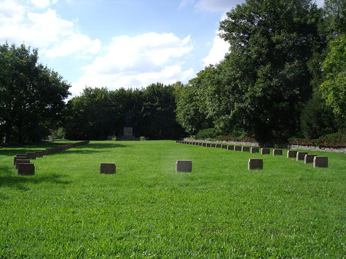 Sovjet Oorlogsbegraafplaats Gera