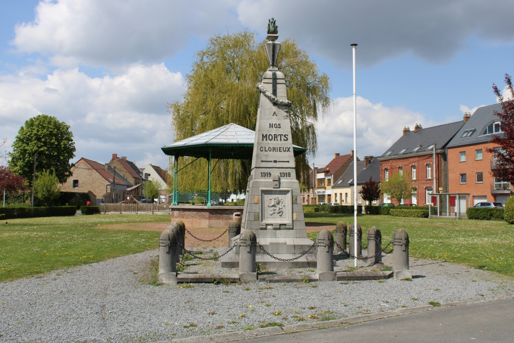 War Memorial Quevaucamps