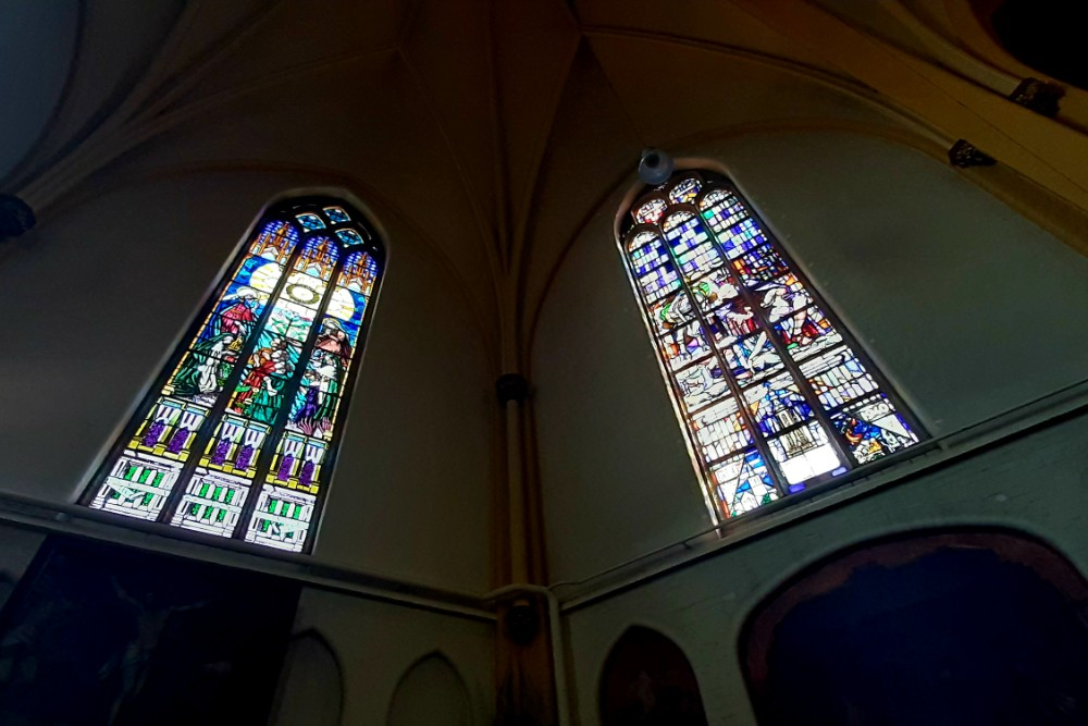 Memorial Windows St.Bavo Church Rijsbergen