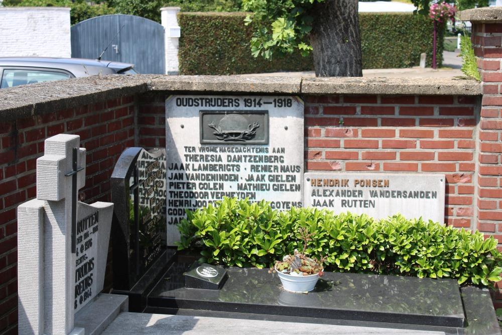 Monument en Graven Oudstrijders Kerkhof Kessenich