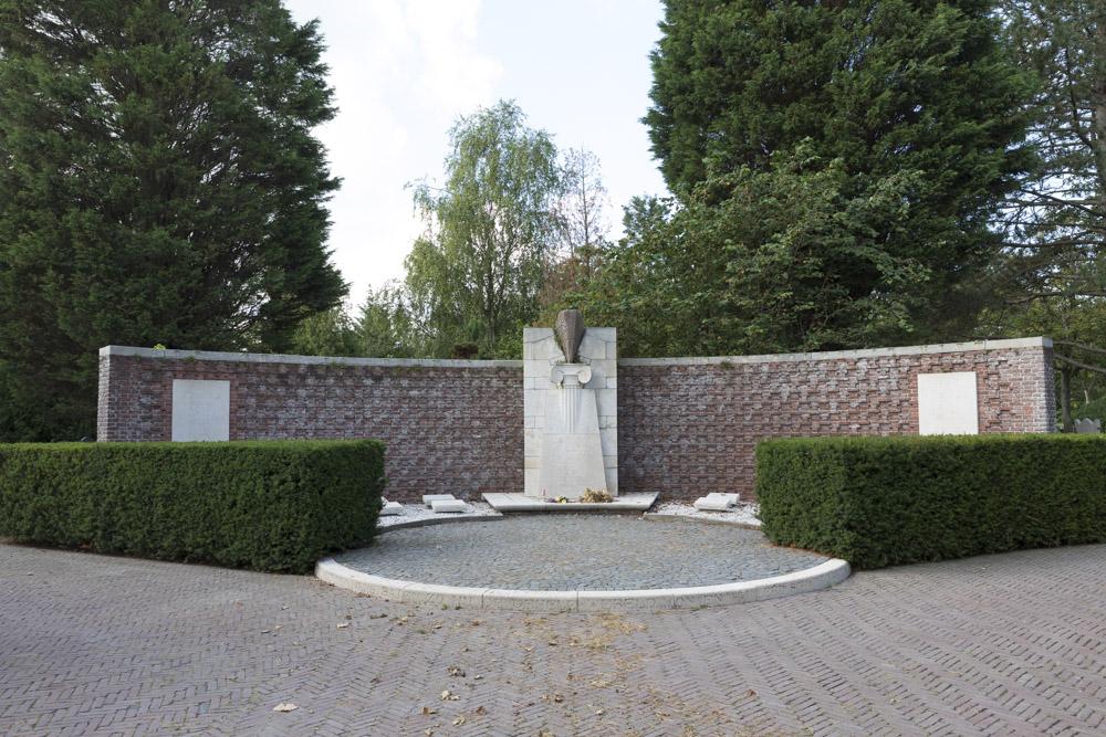 War Memorial Flushing