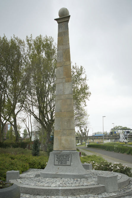 War Memorial Nieuwerkerk aan den IJssel