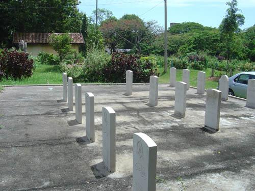 Commonwealth War Graves Kuppiyawatte Muslim Cemetery