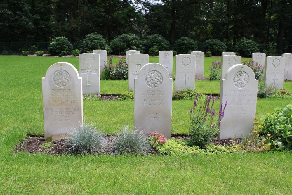 Nederlandse Oorlogsgraven Oorlogsbegraafplaats van het Gemenebest Leopoldsburg