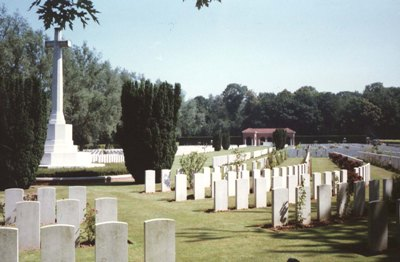 Commonwealth War Cemetery London
