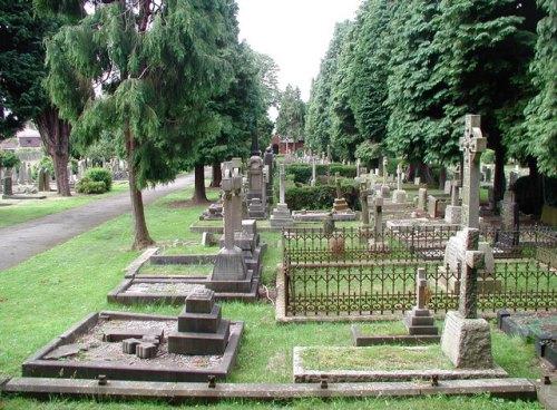 Commonwealth War Graves Cottingham Cemetery