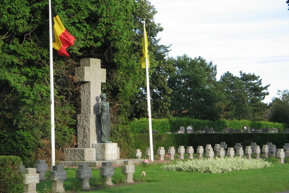 Monument Pro Patria Centrale Begraafplaats Brugge