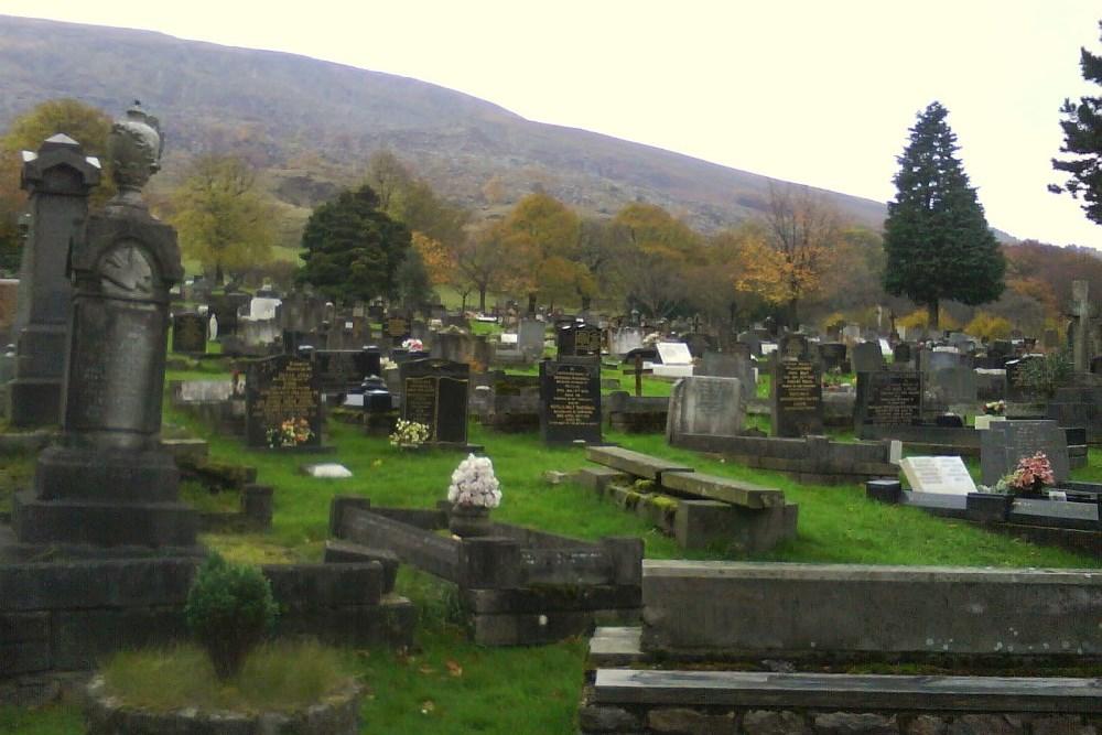 Commonwealth War Graves Nantyglo and Blaina Cemetery