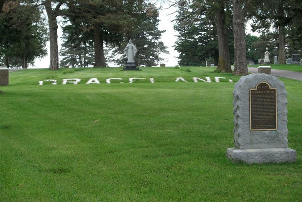 American War Graves Graceland Cemetery