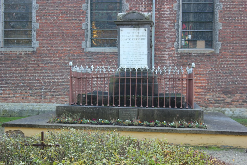 Mausoleum Count Duhesme Ways