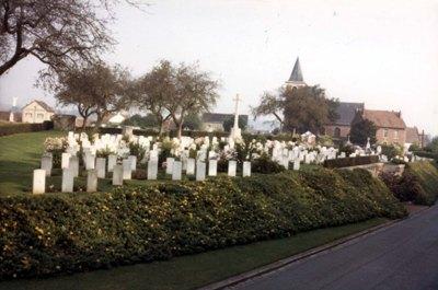 Oorlogsgraven van het Gemenebest Fouquieres-les-Bethune