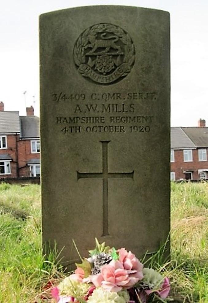 Commonwealth War Graves St. Mark Churchyard