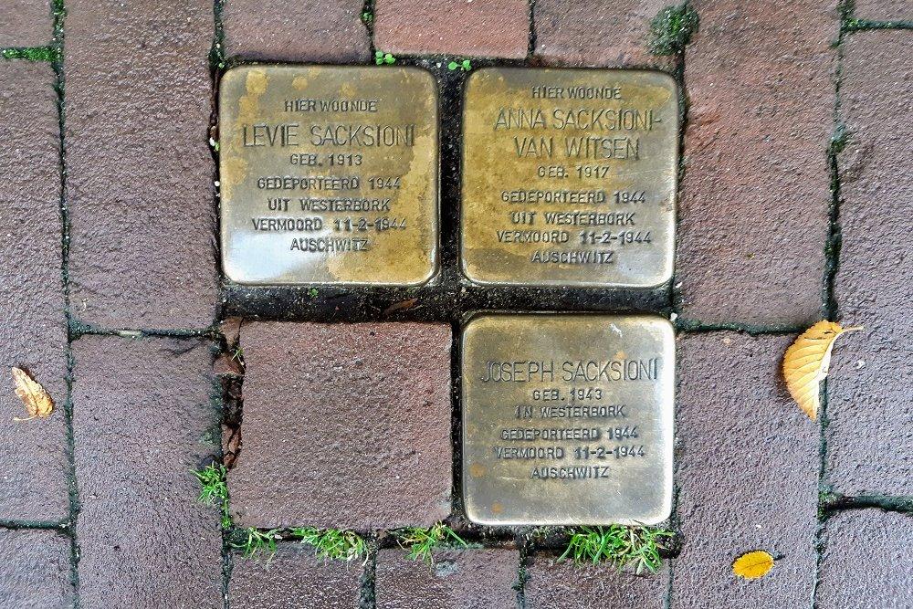 Stolpersteine Nieuwe Uilenburgerstraat 72-74