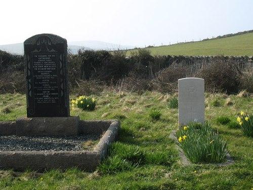 Commonwealth War Graves Llanfairynghornwy Cemetery