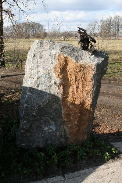 V1 Monument Oosterwolde