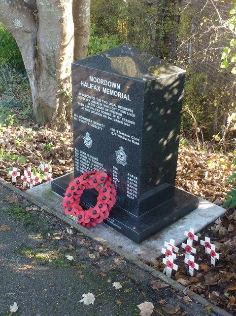 Memorial Crash Halifax JP 137