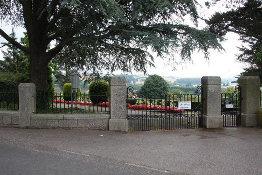 Oorlogsgraven van het Gemenebest Crediton Cemetery